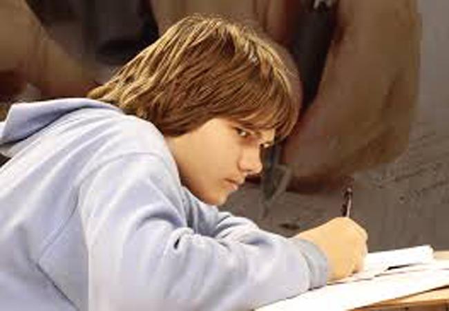 Best Treatment of Scriptophobia (Fear of Writing in Public)